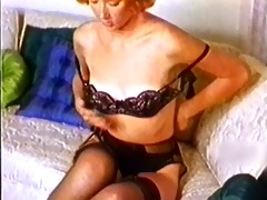 daytripper - vintage stockings redhead nylons