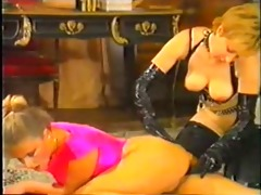 busty classic mother i chick