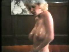 mature women strip...retro-f102