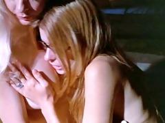 lamour de femme (01021)