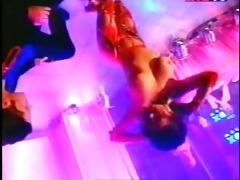 striptease 5.
