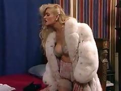 bawdy woman6(sarah young) 35