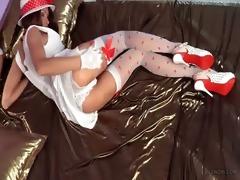 luxury leggy vintage playgirl in hawt nylon