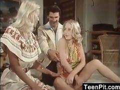 blond women in a trio