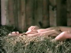love clip 94 - hawt gals