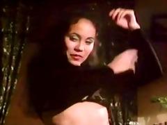 sh retro lady in dark lingeria double penetration