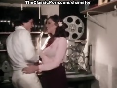 aunt peg goes hollywood 010theclassicporn.com